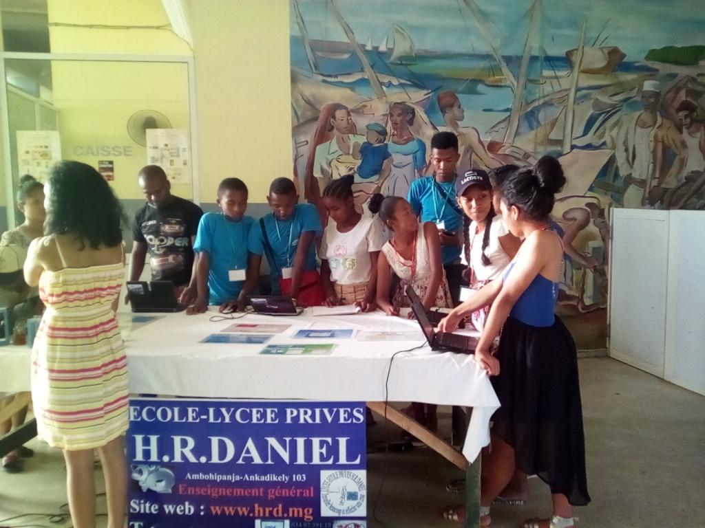 Expo sur les formations et les métiers à l'Hotel de Ville