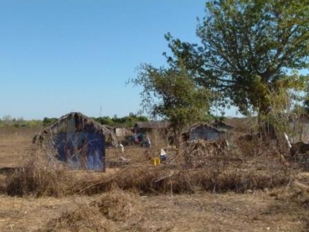 A 10 kms de la ville, Andohagara se présente comme un village de brousse